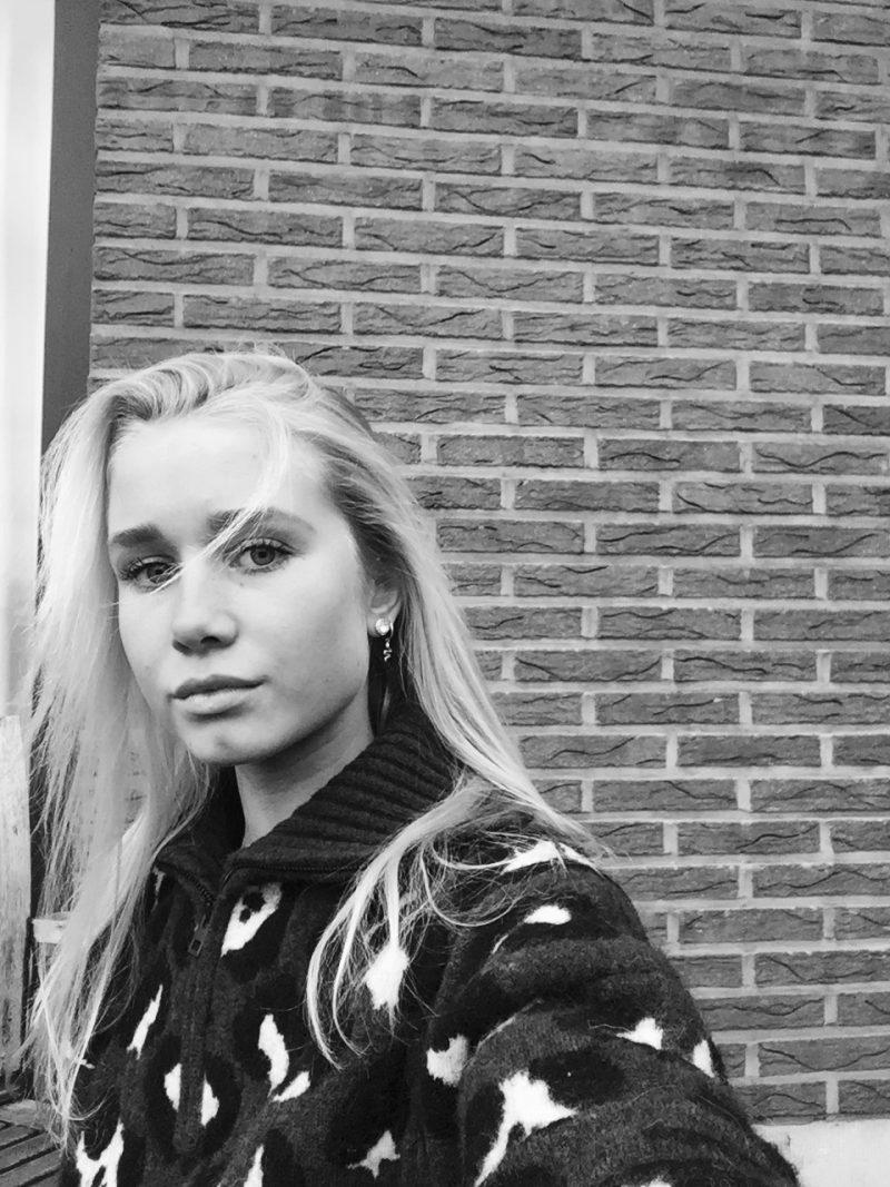 Xeena Van der Beken